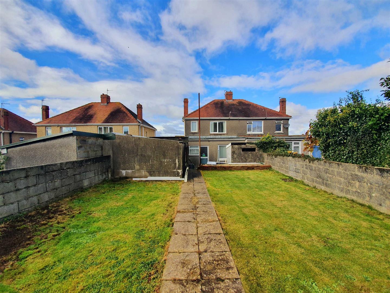 Myrtle Road, Garden Village, Swansea, SA4 4ES
